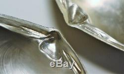 Pair VTG Wallace Clam Shell Sterling Silver Footed Dish. Marked 4020 Sterling