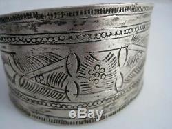 Vintage North African Berber Wide Bracelets Cuffs Pair Silver