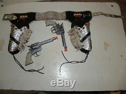 Vintage Pair of Roy Rogers Kilgore Toy Cap Gun with Silver Double Holster