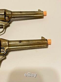 1940 Vintage Paire De Kilgore Lone Ranger Hiyo Argent En Fonte Cap Armes À Feu