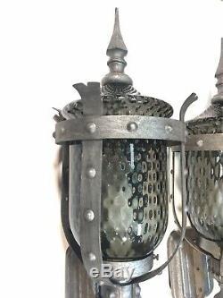 2 Vtg 30 Wall Sconce MCM Médiéval Gothique Porche Lampe Verre Fumé Optique