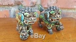 Antiques D'argent Et Émail Chinois Fu Dog Statues Rare Old Vtg Foo Lion Paire