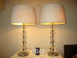 Grande Paire De Lampes De Table Lourdes De Chrome Et De Verre Avec Des Nuances De Cru