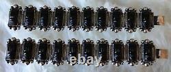 Paire (2) De Vintage Mexique Argent Sculpté Onyx Visage Bracelets