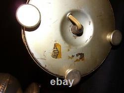 Paire (2) Vintage Des Lampes Argentées D'argent De 1930 De Années 40 Fonctions De Câblage Urn Fine 20