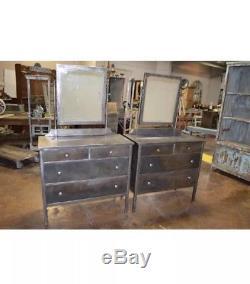 Paire Commodes Industrielles Art Déco Vtg Vanity Coffres Miroir Métal Bel Geddes