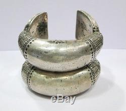 Paire De Bracelets Jonc Argenté Ancien Vintage Tribal Ethnique Rajasthan Inde