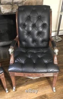 Paire De Fauteuils Tête De Chien Tuftés Noirs Vintage En Cuir Noir Sur Mesure, Maitland Smith