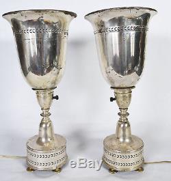 Paire De Lampes De Table Torchières Vintage Art Deco Moderne En Argent Massif