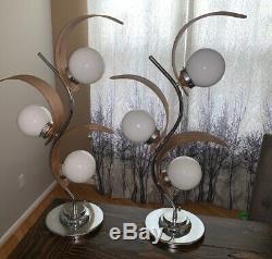 Paire De Lampes Vtg De Taille Moyenne Au Milieu Du Xxe Siècle