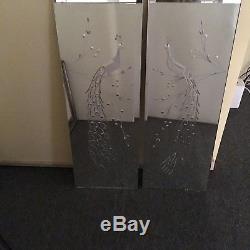 Paire De Miroirs Muraux Biseautés D'époque Art Déco Gravés Paons Gravés Oiseaux