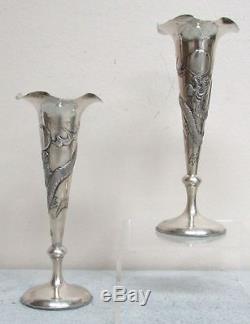 Paire De Vases En Bronze Argenté, Poinçon Chinois