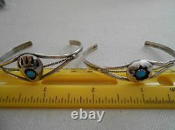 Paire De Vtg Native American Southwest Silver Turquoise Cuff Bracelets 701414