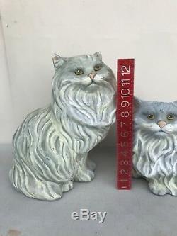 Paire Vintage De Statues De Chat Persan En Céramique Taille Réelle Argent & Yeux Verts Gris
