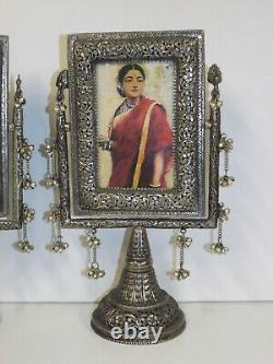 Paire Vintage Indian/middle Esatern De Montures De Piédestal En Cuivre Lavées D'argent