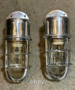 Paire Vintage Style En Aluminium Industriel Caged Bracket Sconce Ship's Lights
