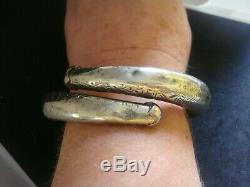 Une Paire De Bracelets De Mariée En Argent Massif Vintage Tribal Vintage