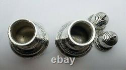 Une Paire De Vieux Serling Silver Salt & Pepper Shakers
