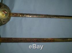Vintage Paire D'épées Escrime Toledo Espagne