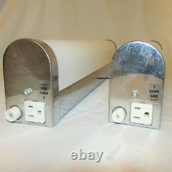 Vintage Paire De Chrome Et Fluorescent Nervuré Cover Wall Mount Tube Lumières Sconce
