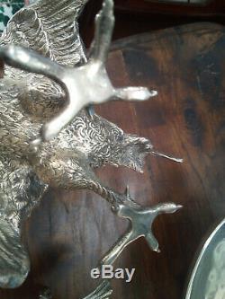 Vintage Paire De Sculptures En Argent Massif Représentant Un Combat De Coq